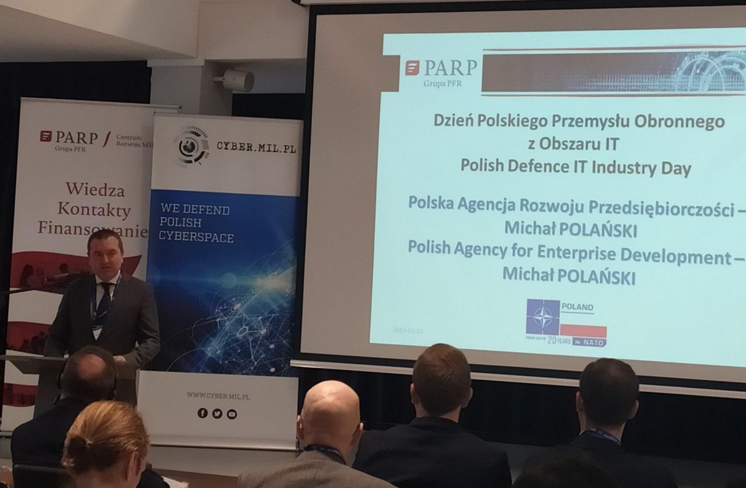 """PARP na konferencji """"Dzień Polskiego Przemysłu Obronnego z Obszaru IT"""""""
